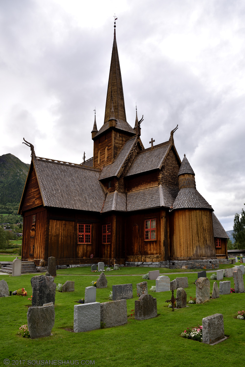 Lom-stavkirke-Norway-00086