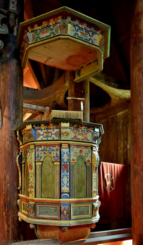Kaupanger-stavkirke-norway-0219