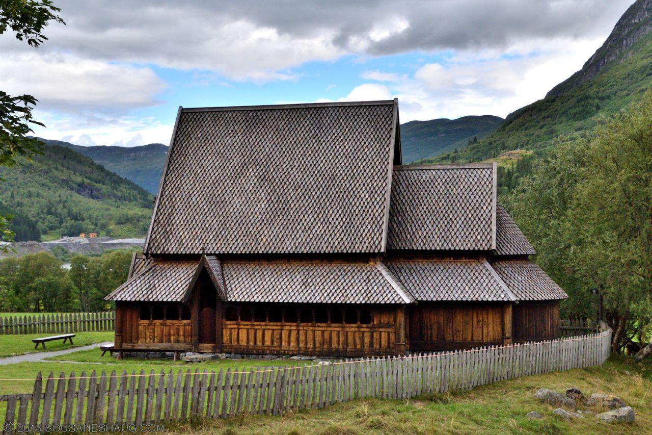 Øye-Stavkirke-0741