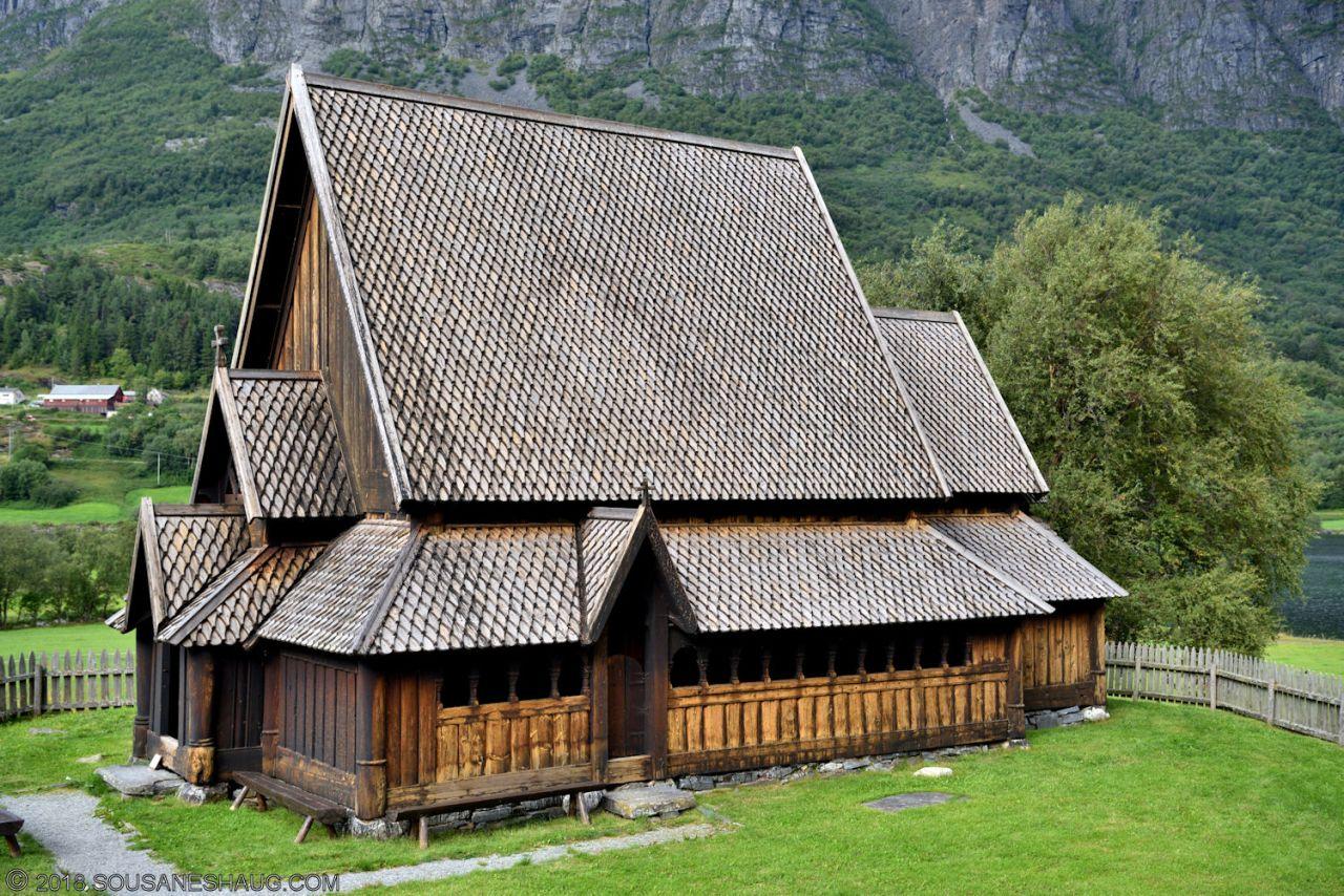 Øye-Stavkirke-0747