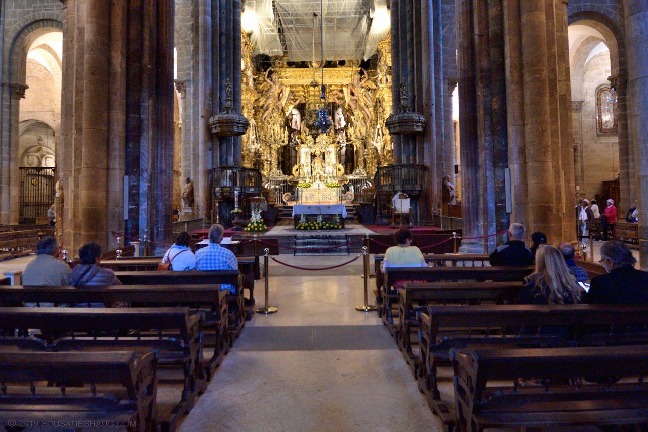 Santiago_de_compostela_cathedral_0403