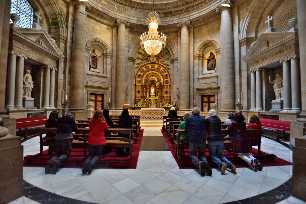 Santiago_de_compostela_cathedral_0406