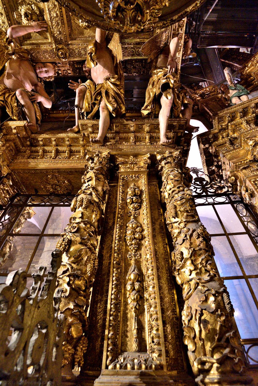 Santiago_de_compostela_cathedral_0411