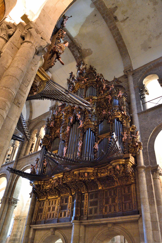 Santiago_de_compostela_cathedral_0420